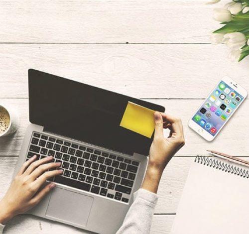 """Обучающие тренинги и курсы для тех, кто мечтает успешно развивать свой бизнес ВКонтакте и ищет тренера, который возьмет """"за ручку"""" и всему научит."""